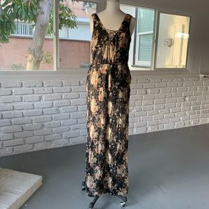 Sleeveless urban outfitters floral jumpsuit